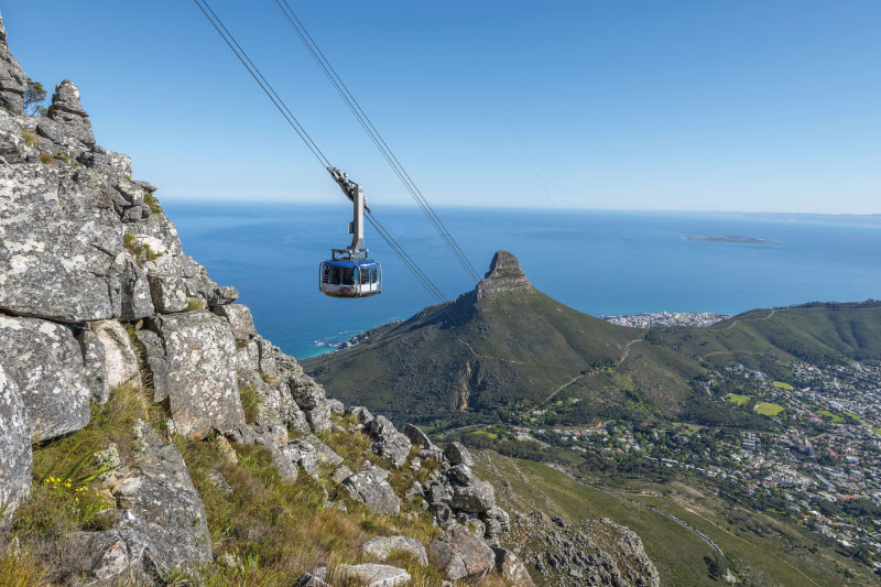 the-glen-apartments-attractions-table-mountain-cable-car