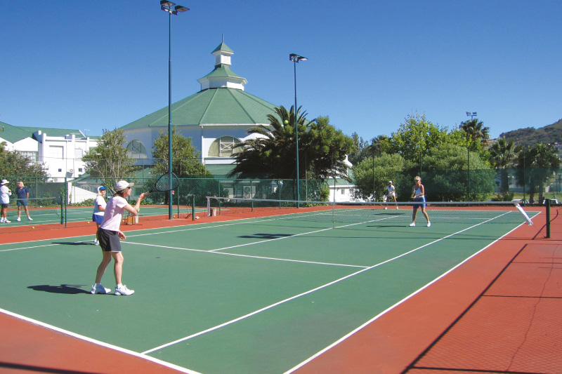 the-glen-apartments-facilities-tennis-club-membership
